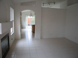 Great 3Br with 2 living areas. Owner likes his leases to end in June and then renew. Minimum 12 mo. - New Mexico apartments for rent - backpage.com