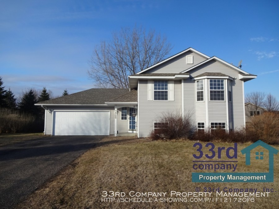 House for Rent in Anoka
