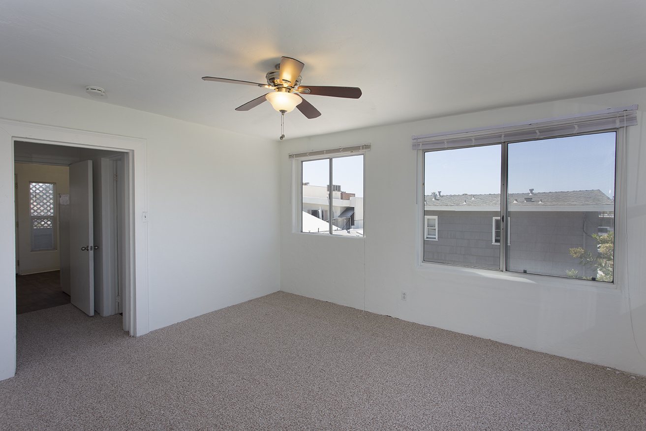 $1345 per month , Unit 8 7528  Cuvier Street,