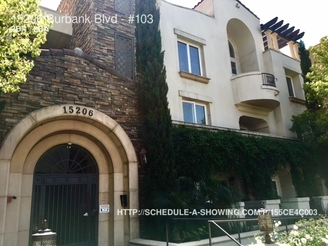 Apartment for Rent in Van Nuys