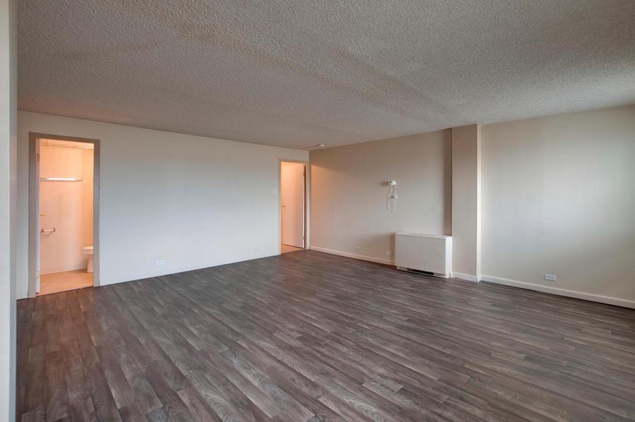 2225_buchtel_blvd_211_denver-large-018-6-master_bedroom-1500x997-72dpi