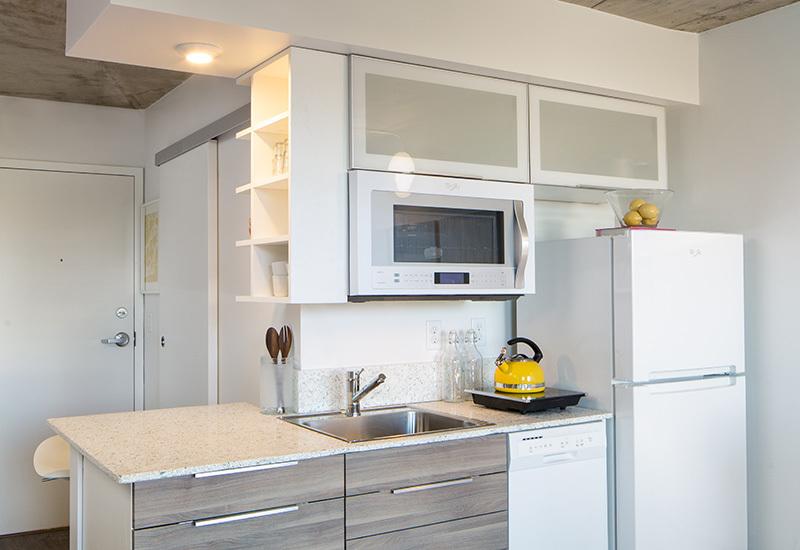 Ba_turntable_new_studio_kitchen1_800x550