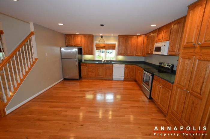 1161 green holly drive id619 kitchen b