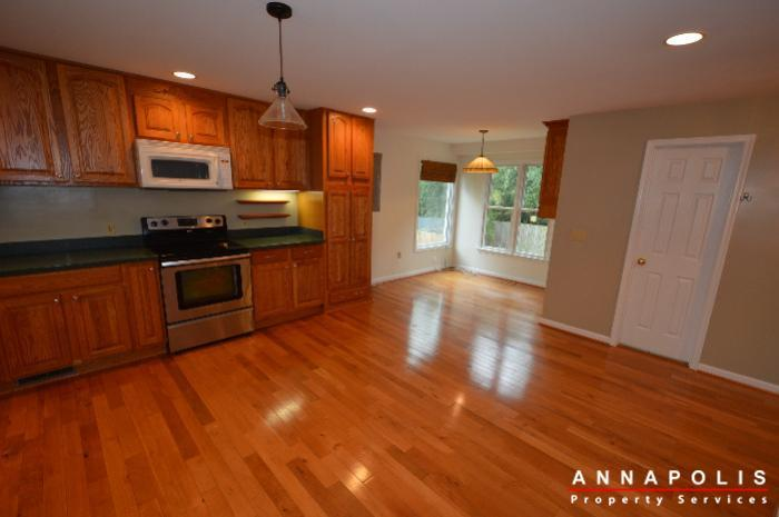 1161 green holly drive id619 kitchen c