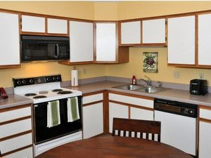 2Br/2Ba Townhome, Attached Garage - Minneapolis / St. Paul apartments for rent - backpage.com