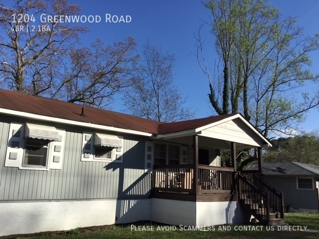 $1100 per month  1204 Greenwood Road