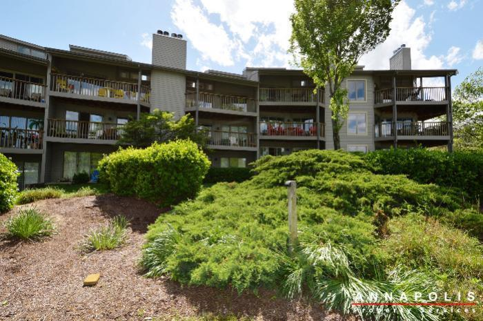 2102-chesapeake-harbor-id25-back-of-building-a