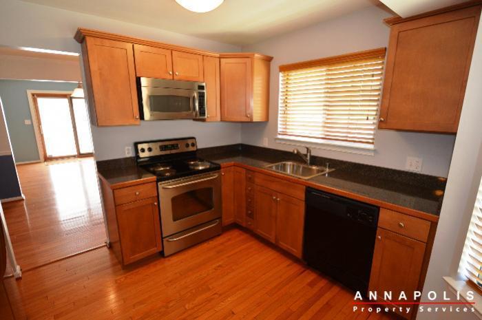 687-genessee-st-id707-kitchen-an