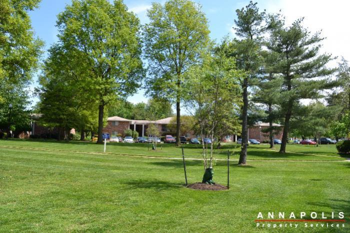 17-silverwood-circle-2-id254-grounds
