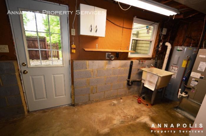 1475 amberwood dr id811 utility room