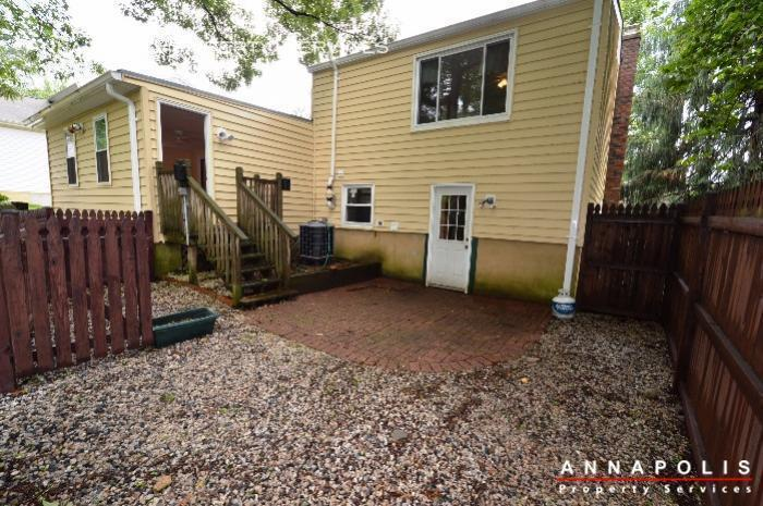 1475 amberwood dr id811 back patio b