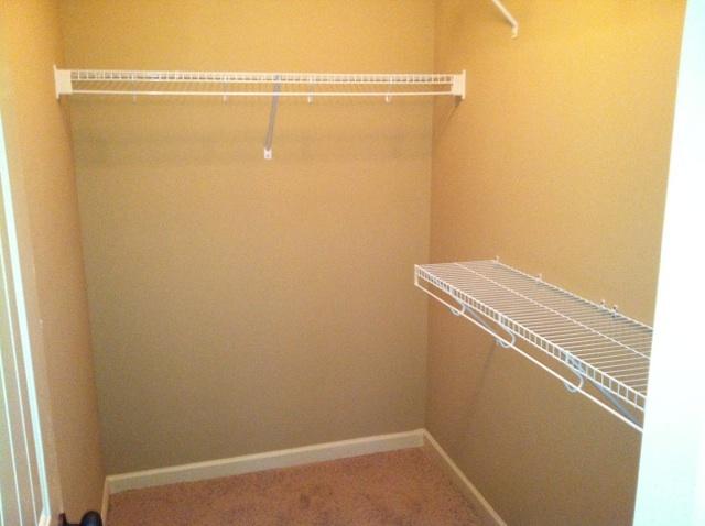 Branley_oak_-_closet