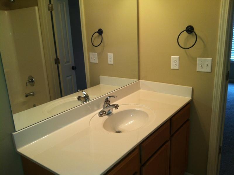 Branley_oak_-_bathroom_sink