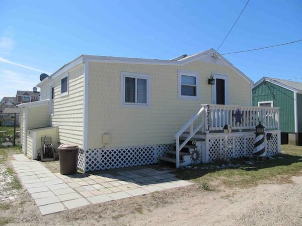 single-family home for Rent in Narragansett