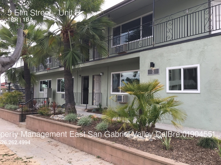 Apartment for Rent in Alhambra