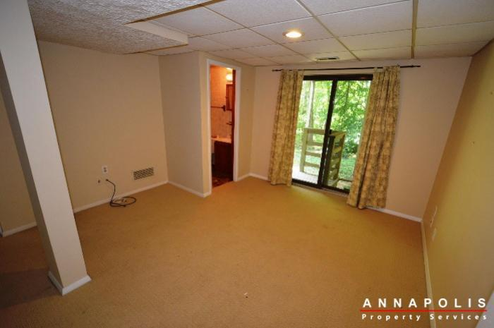 552-greenhill-court-id832-family-room-a