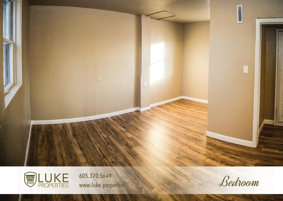 Luke properties 106.5 sioux falls south dakota 57104 house duplex bedroom for rent