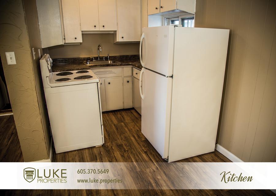Luke properties 106.5 sioux falls south dakota 57104 house duplex kitchen for rent