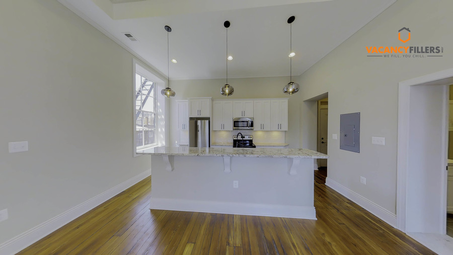 Luxury_apartments_in_mount_vernon_baltimore_(2)