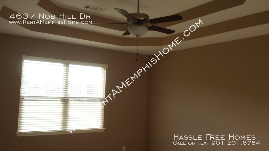 4637 nob hill   master bedroom