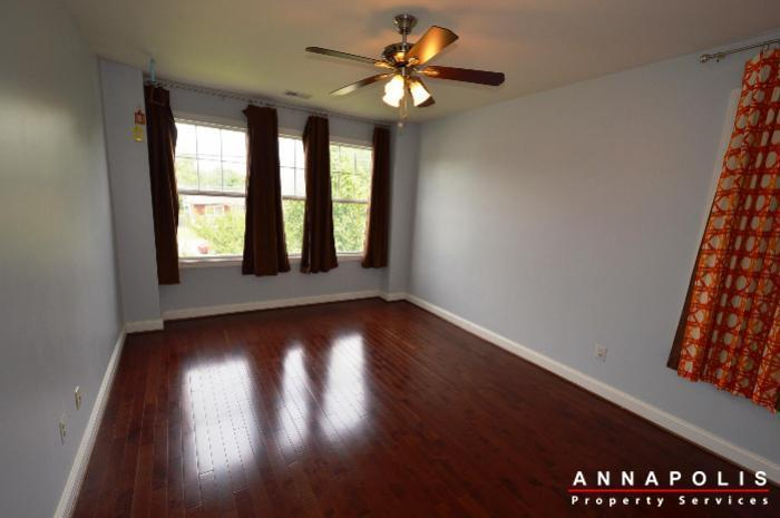 1013-tyler-ave-id839-bedroom-3a