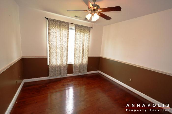 1013-tyler-ave-id839-bedroom-4a