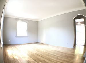 2.2_living_room_-_2611_n_connecticut