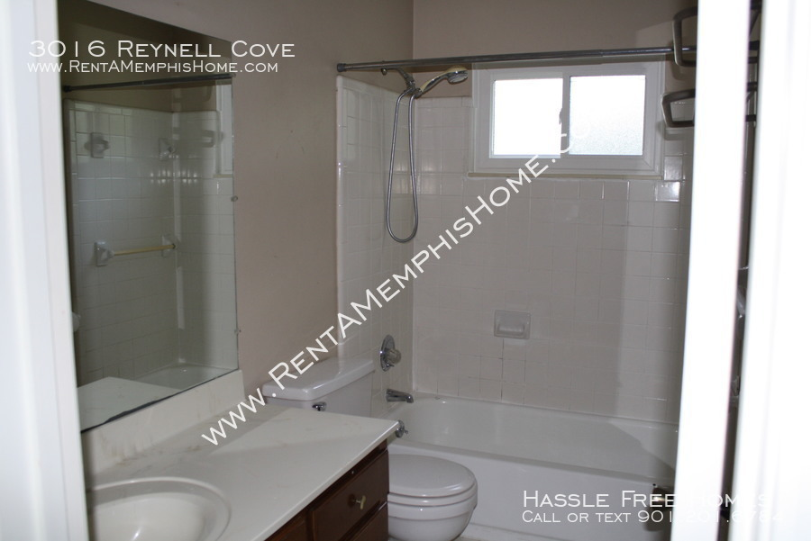3016 reynell   bath