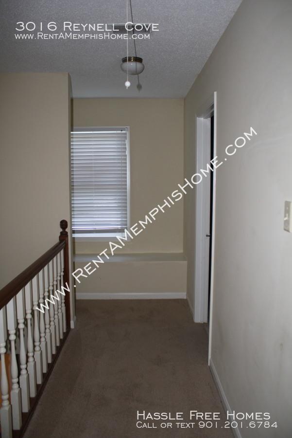 3016 reynell   bedroom hall