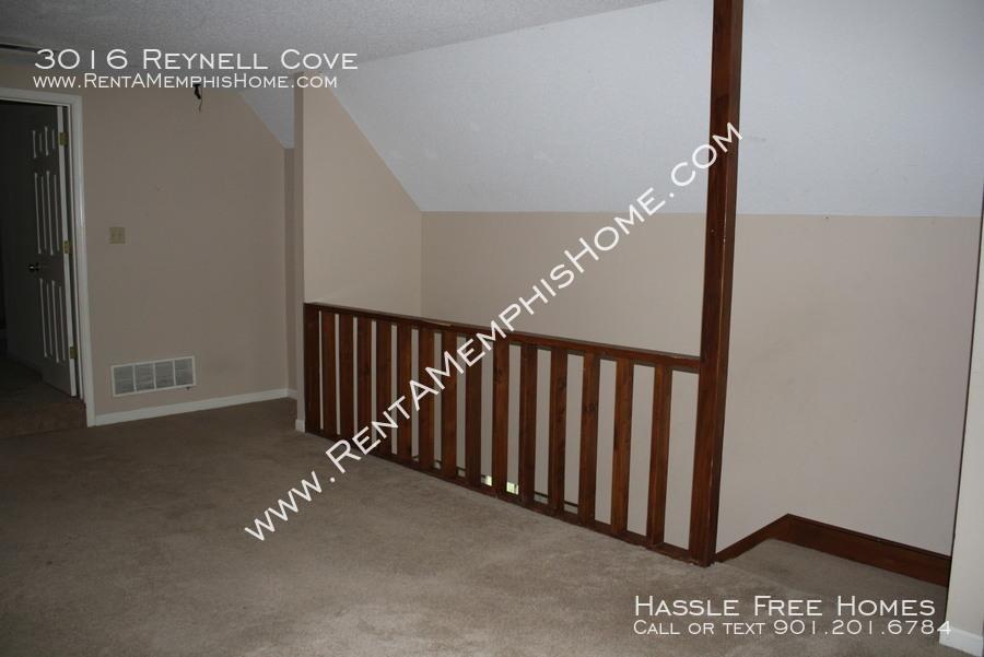 3016 reynell   bonus room 2