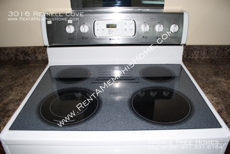 3016 reynell   electric stove