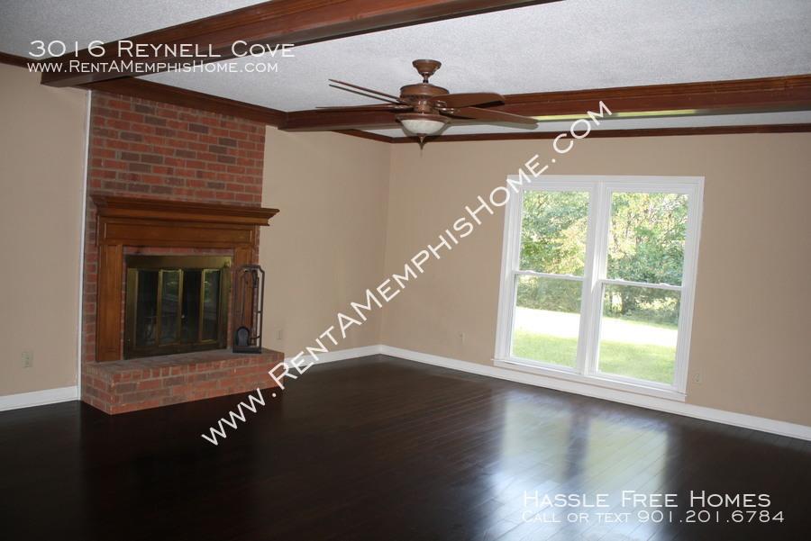 3016 reynell   fireplace