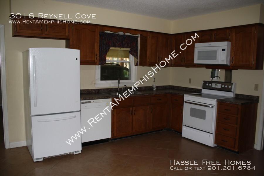 3016 reynell   kitchen 2
