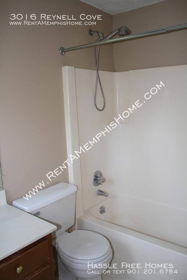 3016 reynell   master bath