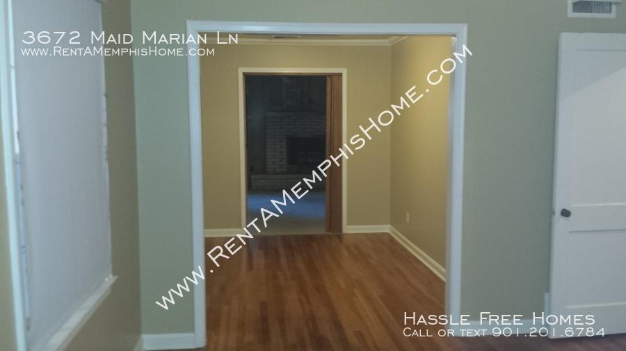 3672_maid_marian_-_dining_room