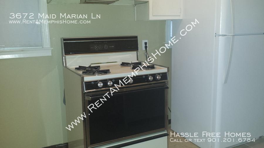 3672_maid_marian_-_kitchen