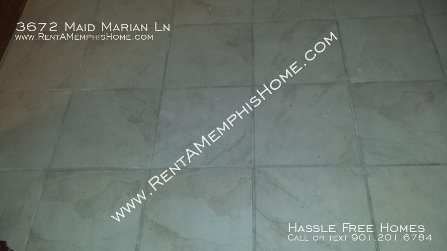 3672 maid marian   kitchen tile