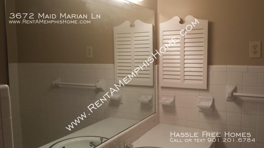 3672_maid_marian_-_master_bath