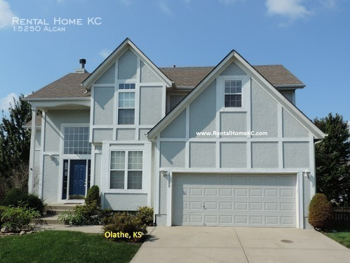 House for Rent in Olathe