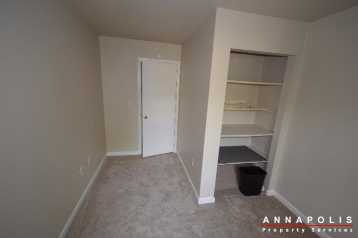 -3236-walnut-drive-id848-bedroom-3b