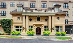 3-front-view-at-marquis-at-turtle-creek-photo-gallery