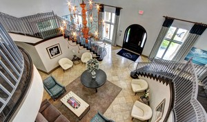 5-upstairs-view-at-marquis-at-turtle-creek-photo-gallery