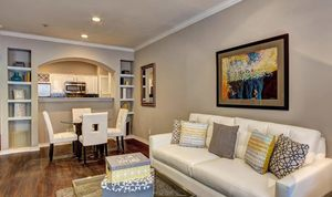 6.1-living-room-and-dining-room-at-marquis-at-turtle-creek-photo-gallery