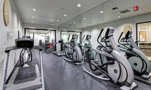 9-fitness-center-at-marquis-at-turtle-creek-photo-gallery