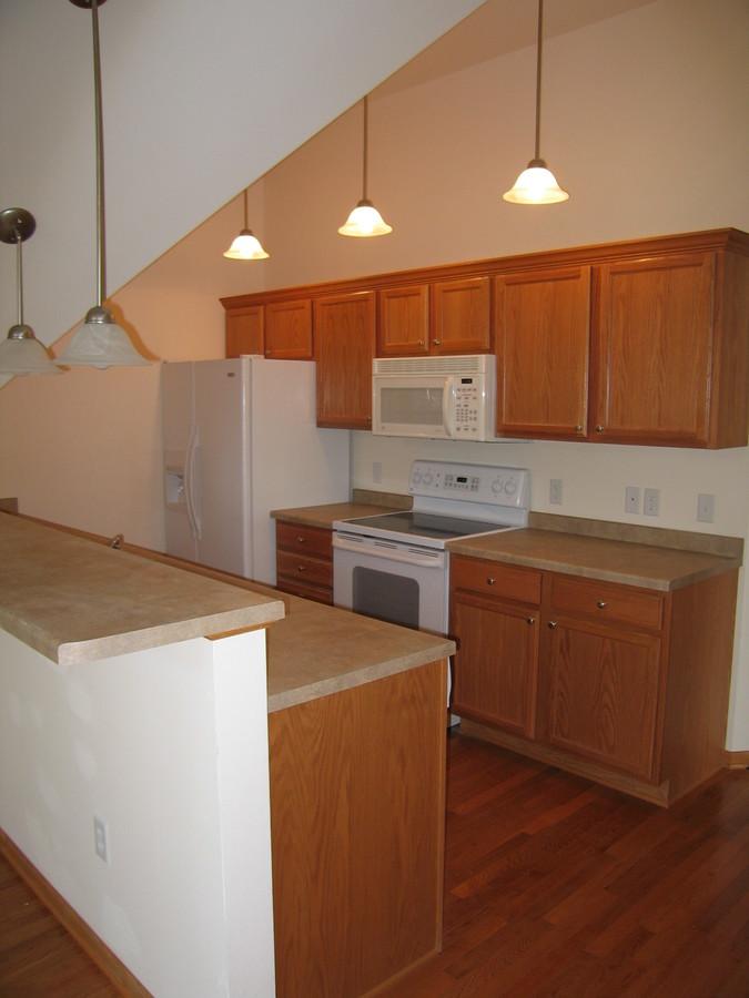 1345_williamson_3_bathroom_kitchen