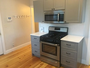 51 8th Street - Providence apartments for rent - backpage.com