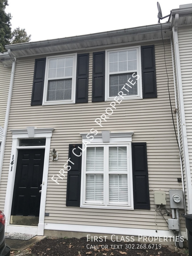 House for Rent in Newark