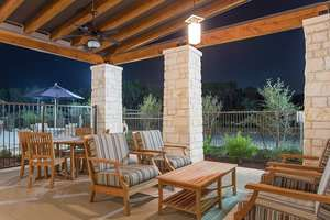 Poolside-patio-at-our-apartments-in-autsin