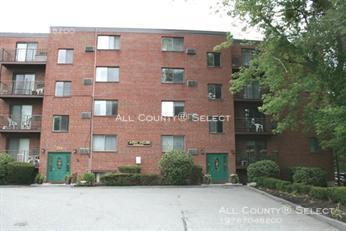 Condo for Rent in Reading