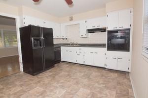 Kitchen_(2)